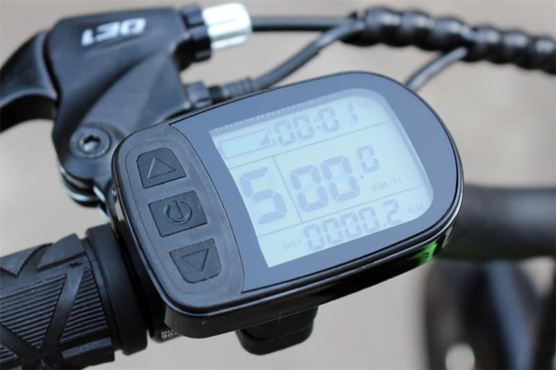 Elektrisches Mountainbike für Kinder - LCD Tacho