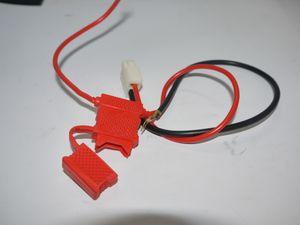 Sicherungskasten / Sicherungshalter für Flachsicherung von Elektro Kinderquad / E-Scooter / Dirtbike 001