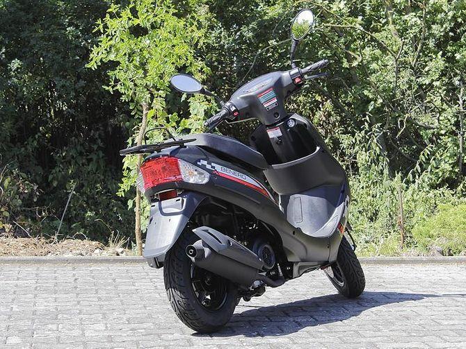 Motorroller Speedy 25 km/h -Mofa Roller - Euro 4 von Benero
