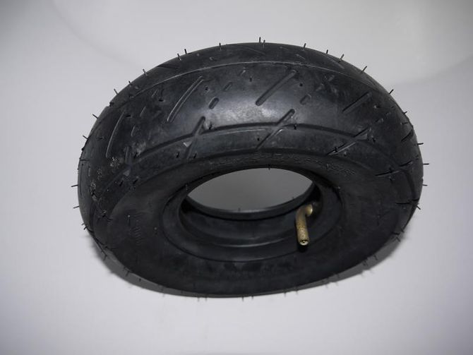Reifen 3.00-4  4 Zoll Strassenprofil von Kenda für E-Scooter 800 Watt / 1000 Watt