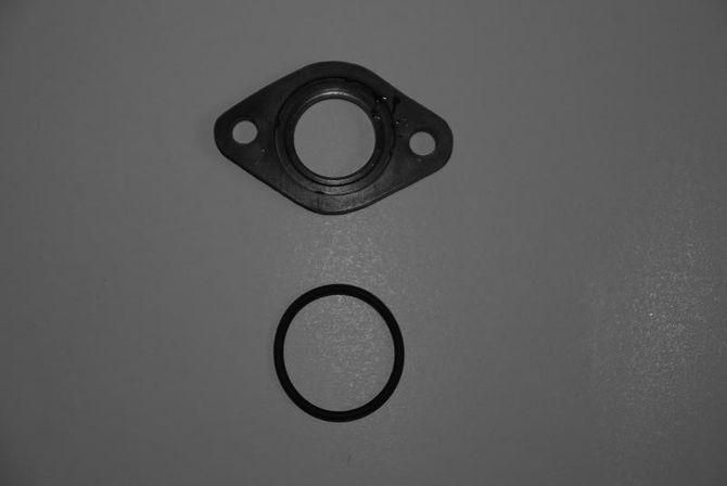 Set bestehend aus Bakelit Dichtung + O-Ring + Papierdichtung + Schrauben für die meisten gängigen 125er Quad/Dirtbike Modelle
