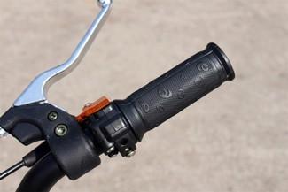 Dirtbike 50ccm Geschwindigkeit drosselbar am Gasgriff