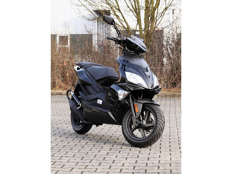 Motorroller Benero GT-50 Supersport - 2 TAKT- BLACK EDITION - Power Scooter – Bild 1