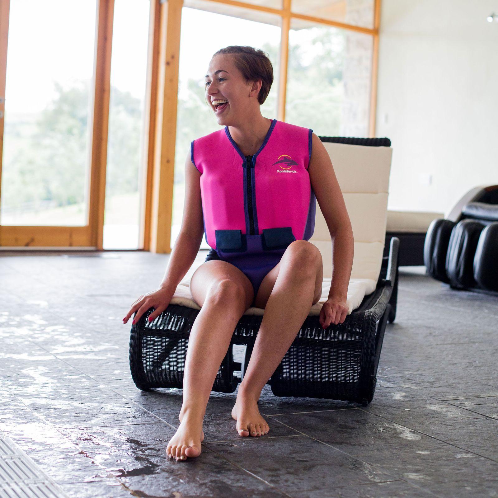Konfidence Jugendschwimmweste, Schwimmhilfe mit umfangreichem Schwimmratgeber – Bild 5