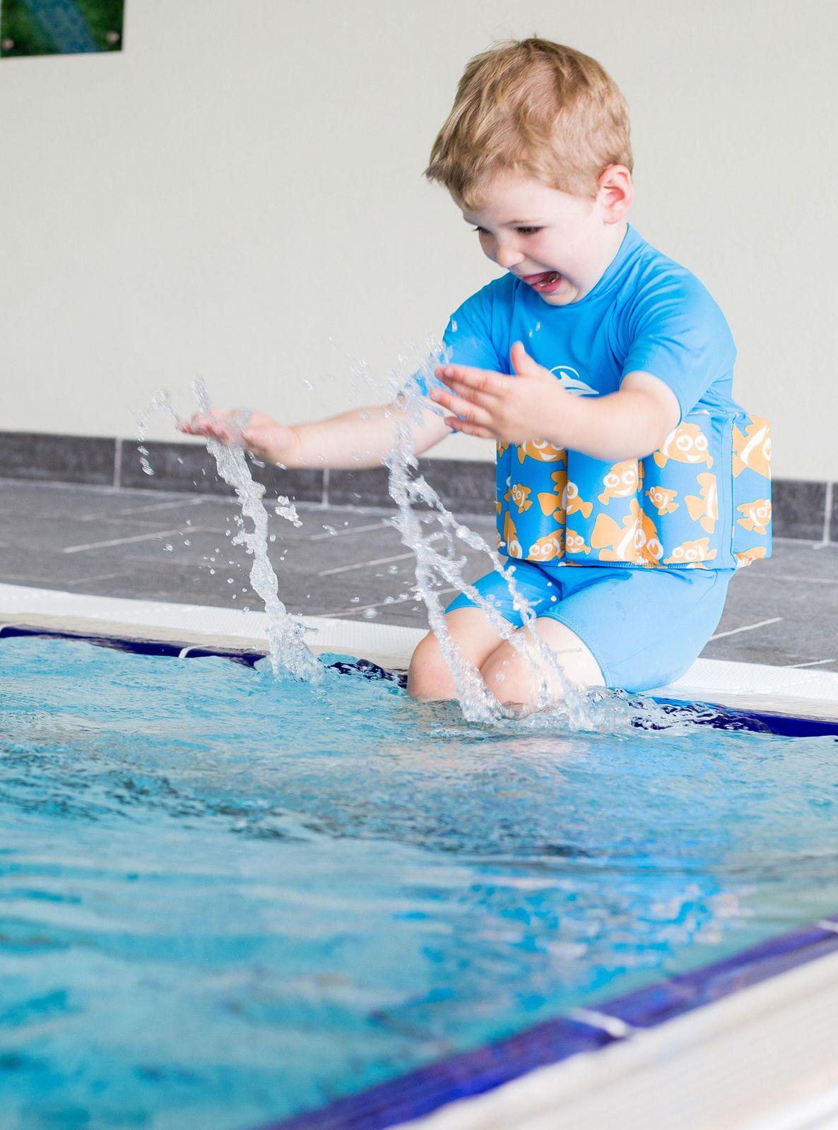 Konfidence Floatsuit, Schwimmhilfe mit umfangreichen Schwimmratgeber – Bild 16