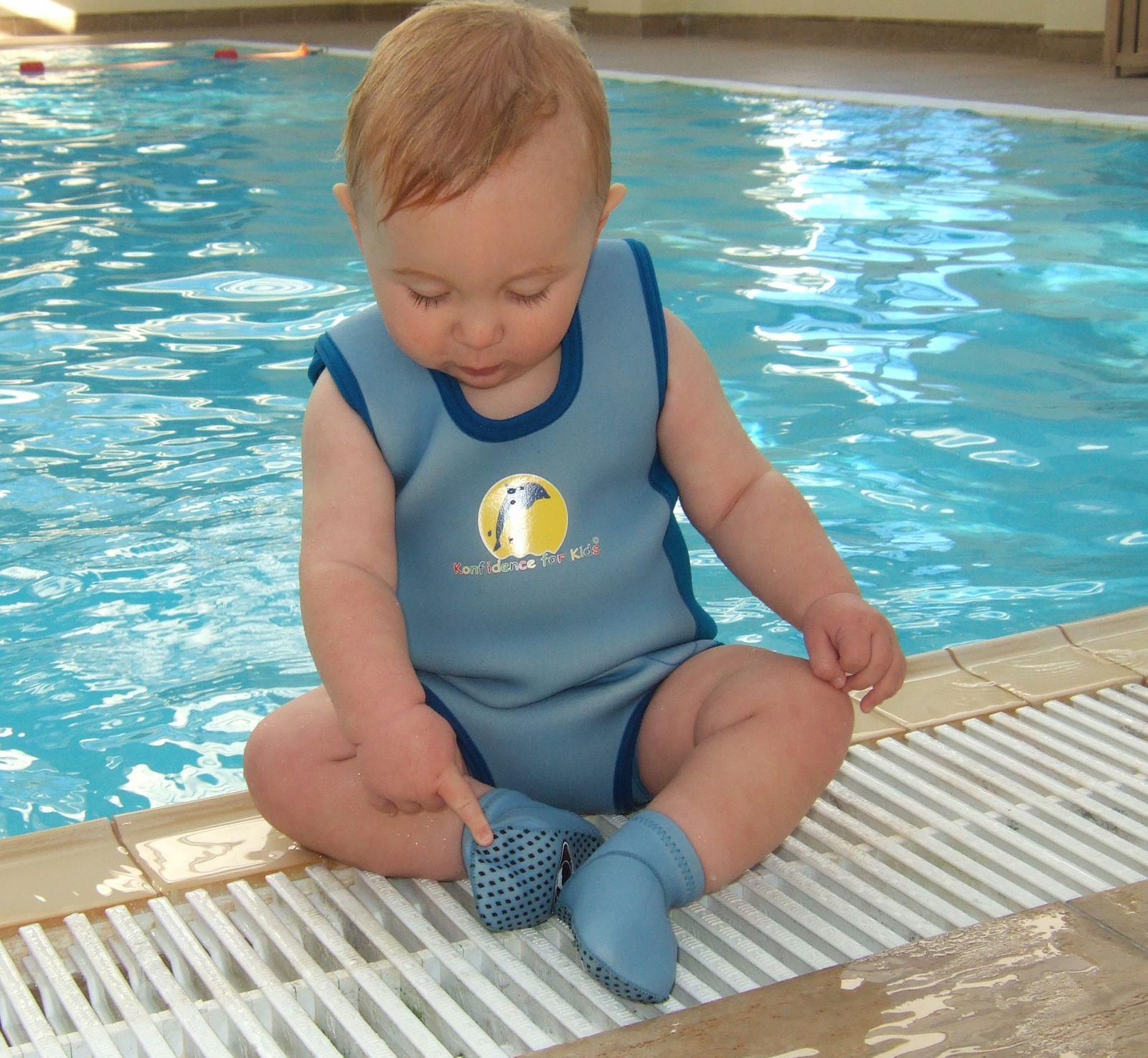Konfidence Neopren Stopper-Socken für Babys mit umfangreichem Schwimmratgeber – Bild 8