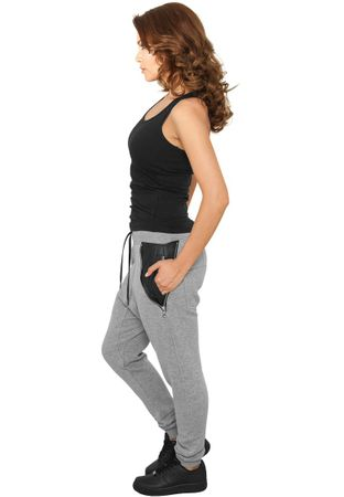 Urban Classics Ladies Side Zip Leather Pocket Sweatpant in grau von Größe XS-XL – Bild 2
