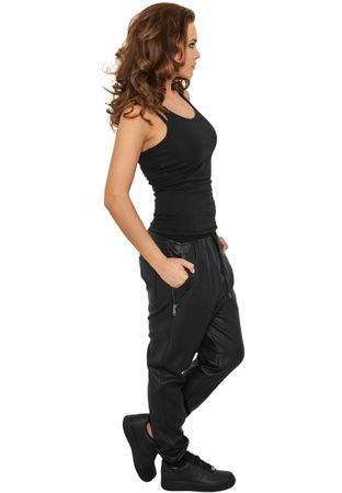 Urban Classics Ladies Deep Crotch Leather Imitation Pants von Größe XS-XL – Bild 2