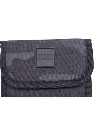 Urban Classics Neck Pouch Oxford Brustbeutel / Crossbag in darkcamo – Bild 3