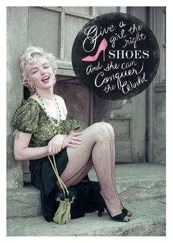 Postkarte A6 +++ LUSTIG +++ MARILYN MONROE THE RIGHT SHOES