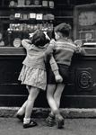 Postkarte A6 +++ LUSTIG +++ COUPLE OF CHILDREN, FRANCE, 1948