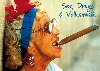 Postkarte A6 +++ LUSTIG +++ SEX DRUGS AND VOLKSMUSIK