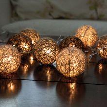 Lichterkette Mini LED 10-flammig warmweiß Kunststoffbälle & braune Wollfäden