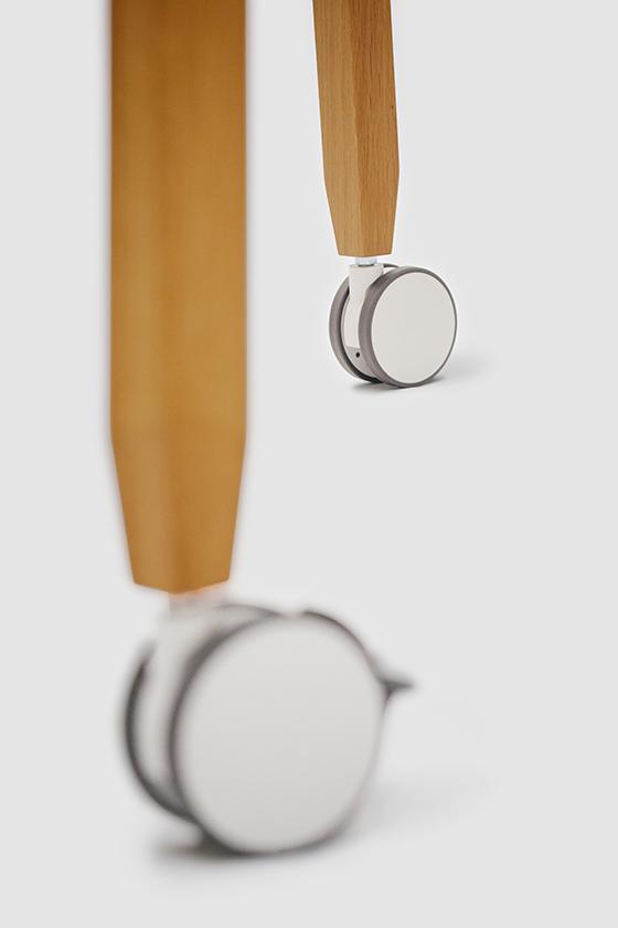 Flipchart-Design-Holz-magnetisch-mobil-Freewheelin-schwarz