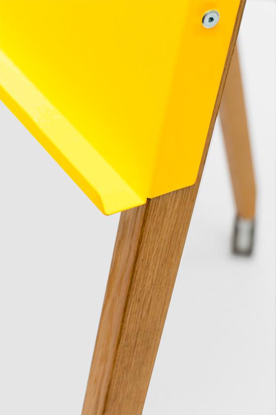 Flipchart-Design-Holz-magnetisch-mobil-Charter on Tour-gelb