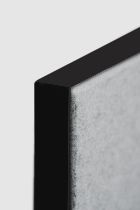 Pinnwand-Design-Holz-magnetisch-mobil-grauer Filz-Pin Up on Tour-schwarz