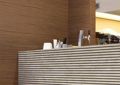 WallFace 18582 PIANO Golden Age pannello autoadesivo vintage aspetto metallo oro strisce verticali fughe nere 2,6 mq – Bild 3