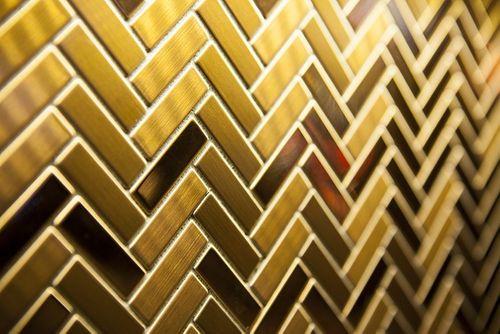 Mosaik Fliese massiv Metall Titan gebürstet in gold 1,6mm stark ALLOY Herringbone-Ti-GB 0,85 m2 – Bild 4