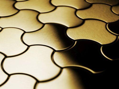 Mosaik Fliese massiv Metall Titan gebürstet in gold 1,6mm stark ALLOY Ubiquity-Ti-GB Designed by Karim Rashid 0,75 m2 – Bild 4