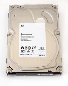 "Seagate Barracuda Desktop HDD White Label interne Festplatte 3,5"" min. 5400RPM SATA3 6Gb/s – Bild 1"