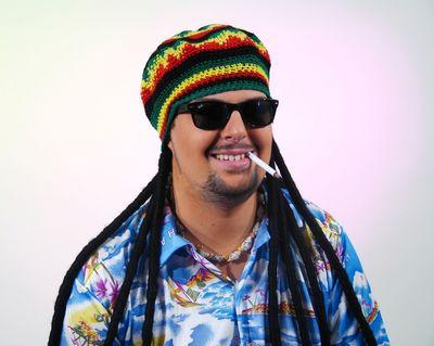 Häckelmütze mit Rastazöpfe Marley Mütze Reagge cool