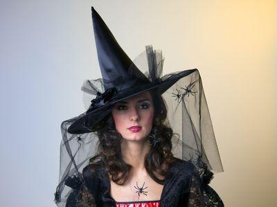 eleganter Hexenhut mit Tüllschleier schwarz Neu Karneval Fasching