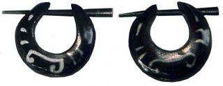 Ohrringe aus Horn