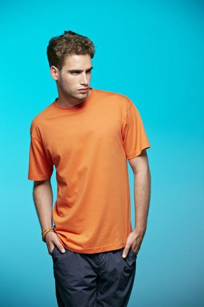 T-Shirt von JAMES & NICHOLSON – Bild 1