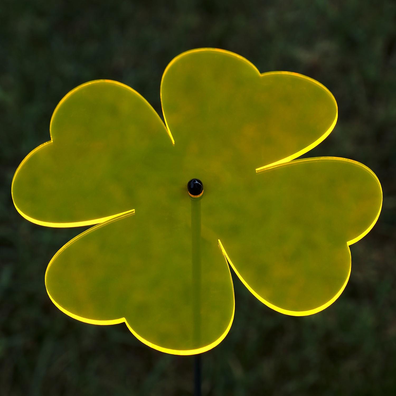 Plexiglas® Sonnenfänger Kleeblatt 14cm neon transparent fluoreszierend