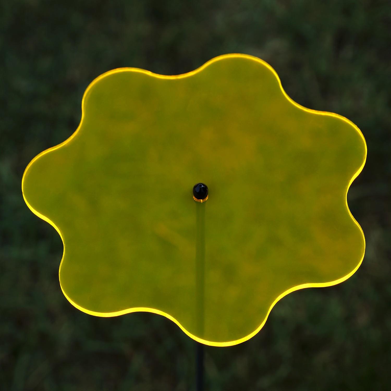 Plexiglas® Sonnenfänger Wavy 14cm neon transparent fluoreszierend