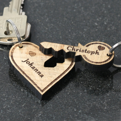 Echtholz Liebes-Anhänger individuell graviert Schlüsselanhänger – Bild 3