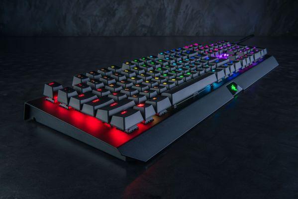 razer BlackWidow X Chroma Gaming Keyboard Black (NORDIC Layout - QWERTY) – Bild 1