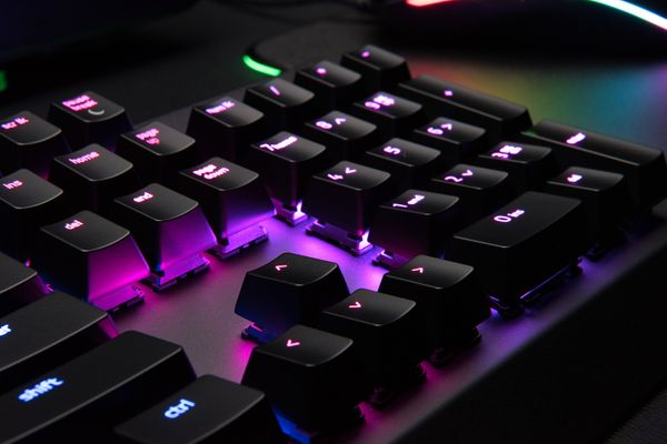 razer BlackWidow X Chroma Gaming Keyboard Black (FRA Layout - AZERTY) – Bild 4