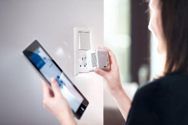 DEVOLO dLAN 500 WiFi Powerlan Starter Kit UK – Bild 4