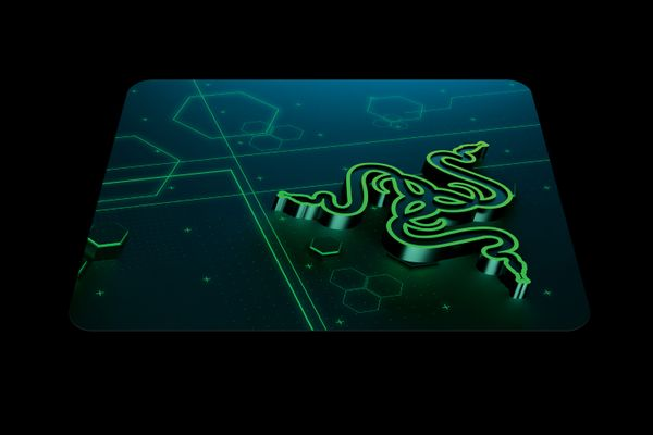 Razer Goliathus Mobile Gaming Mouse Pad / Mat for Control- & Speed-Gameplay – Bild 5