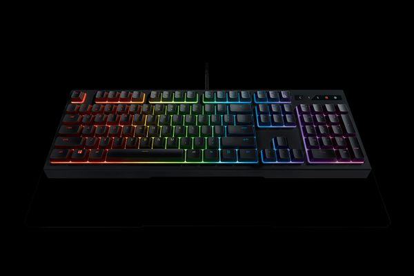 RAZER Ornata Chroma Membrane Gaming Keyboard (CHE Layout - QWERTZ) – Bild 4