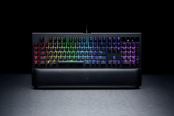 razer BlackWidow Chroma V2 Gaming Keyboard Yellow Switches (DEU Layout - QWERTZ) – Bild 5