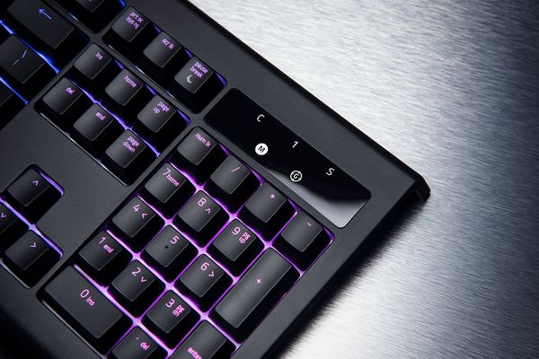 razer BlackWidow Chroma V2 Gaming Keyboard Yellow Switches (FRA Layout - AZERTY) – Bild 9