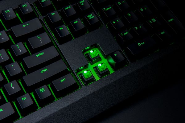 Razer Blackwidow Ultimate Green Switches (DEU Layout - QWERTZ) – Bild 7