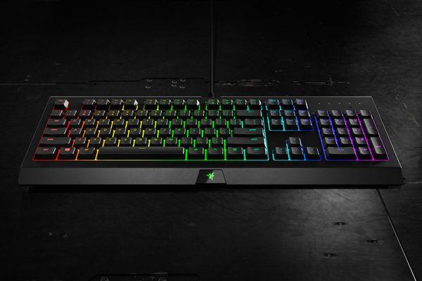 Razer Cynosa Chroma Multi-Color Gaming Keyboard (NORDIC Layout - QWERTY) – Bild 3