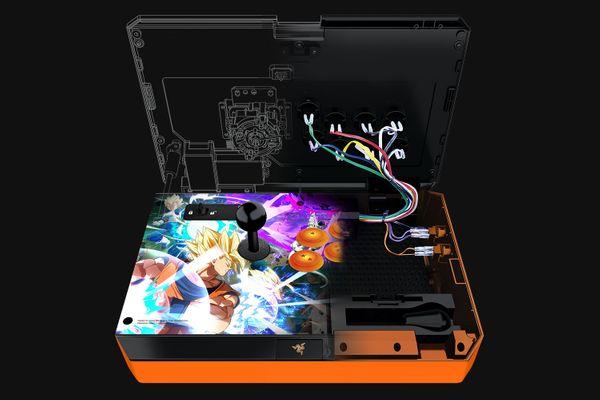 RAZER ATROX arcade stick for XBOX one Dragon ball fighterz – Bild 4