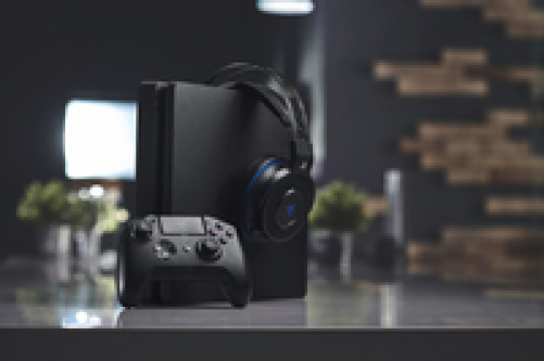 razer Raiju Tournament Edition 2019, Wireless and Wired Gaming Controller with Programmable Mecha-Tactile-Action-Buttons and Esports Ergonomics – Bild 6
