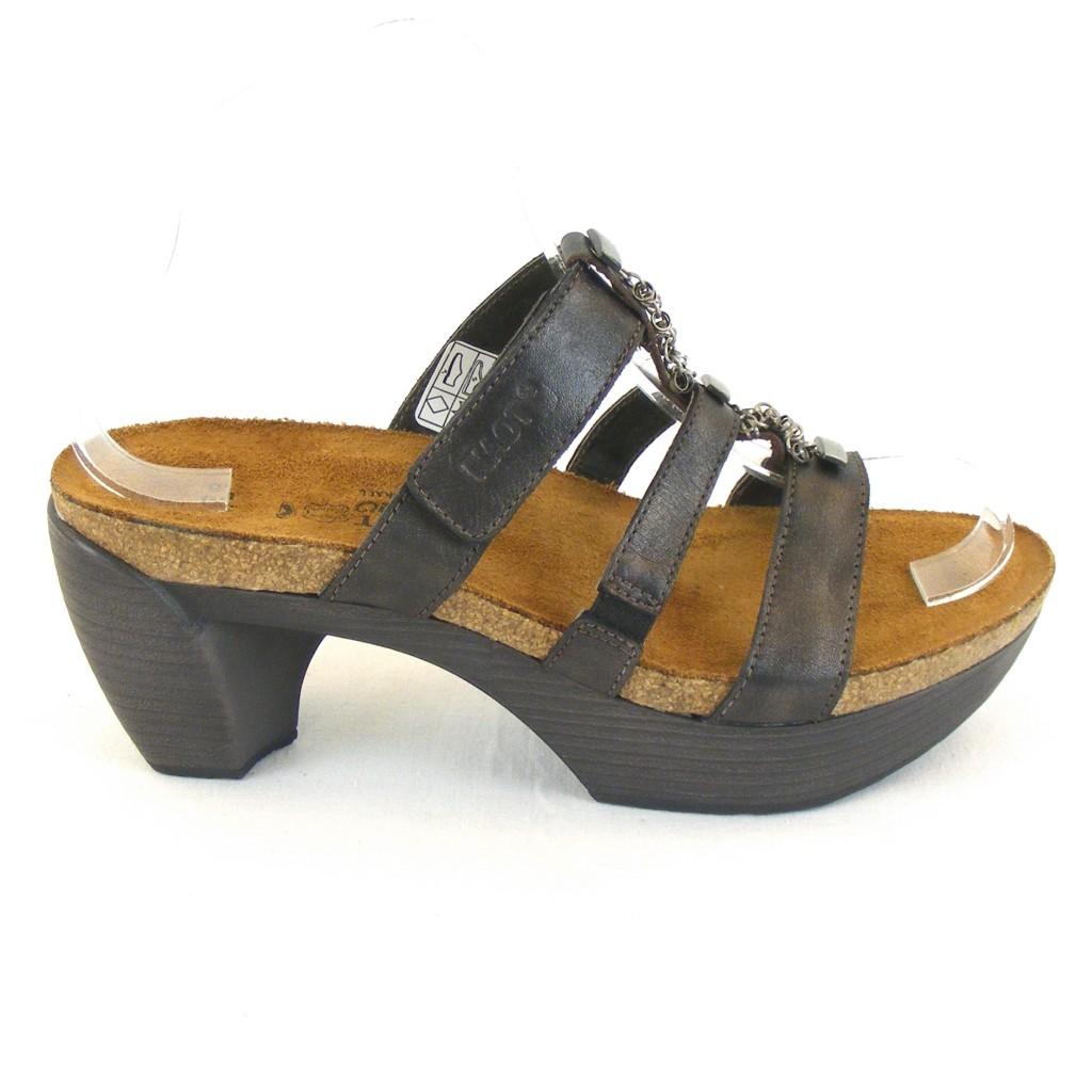 naot damen schuhe pantoletten bond leder schwarz metallic 11844 korkfu bett schuhe damenschuhe. Black Bedroom Furniture Sets. Home Design Ideas