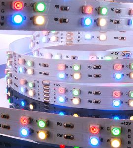 Flexibler LED Stripe IP20, 12V, 5 m, RGB u. warmweiss, 57,5W
