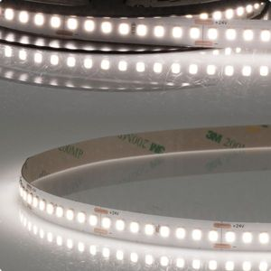 LED Stripe HEQ940 High Bright, 24V DC, 17W, neutralweiß, extra hell strahlend, 5m lang