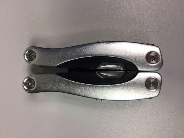 Multifunktionswerkzeug Multitool Outdoor Taschenmesser Camping Tool Survival Werkzeug B – Bild 2
