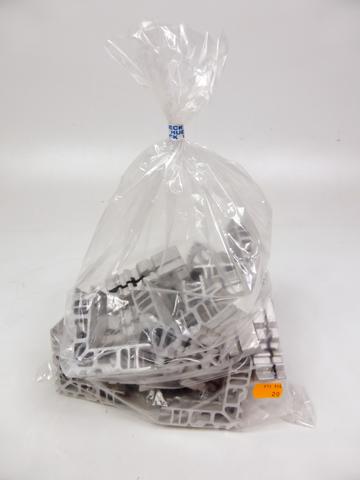 20x Stück Hueck Z 911 956 00.0001 Z911956 Eckverbinder 911956  *LP 151,40 – Bild 1