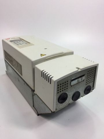 ABB ACS800-01-0025-3 Frequenzumrichter + Display E200 Inverter Driver 22KW 44A – Bild 2