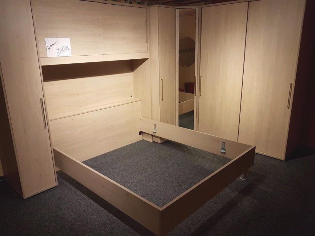 Neu Schlafzimmer LED massiv Bett Eckschrank m. Spiegel 4 Schränke 4090 €