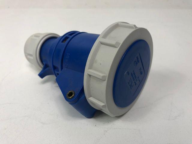 PCE Merz 2132-6 Kupplung 3-polig 16A Twist IPX7 – Bild 1